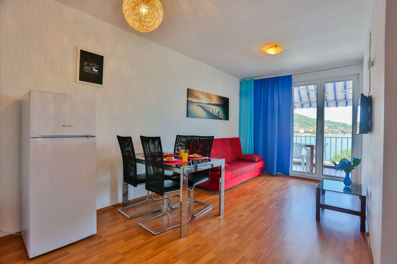 Neves Apartment - Poljica, Marina